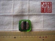 他の写真3: プチサイズのスクエア帯留め(グリーン系*プチシリーズ)